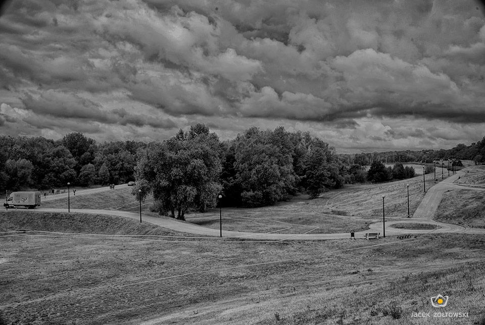 """krajobraz """"przed bitwą"""", fot. Jacek Żółtowski"""